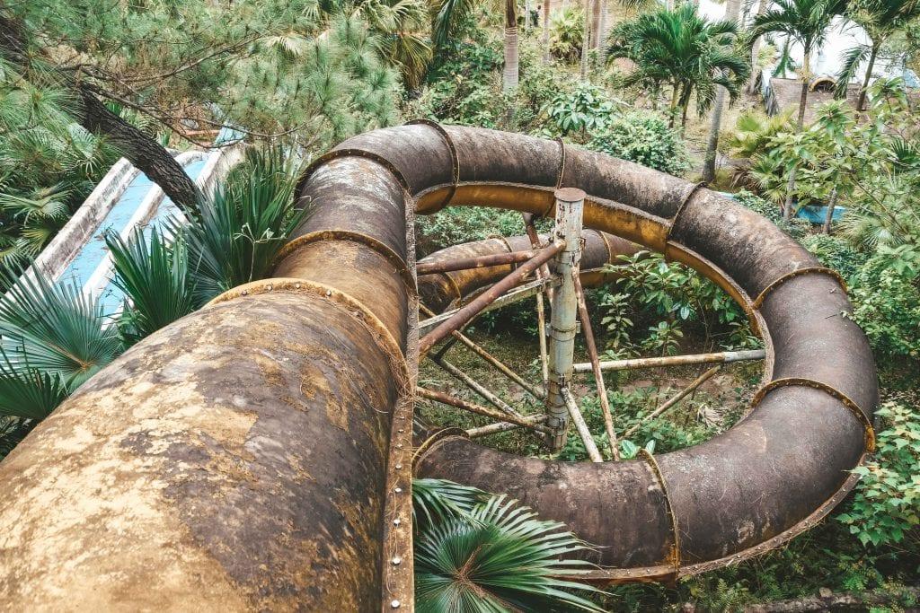 Ho Thuy Tien, het verlaten waterpark in Vietnam.