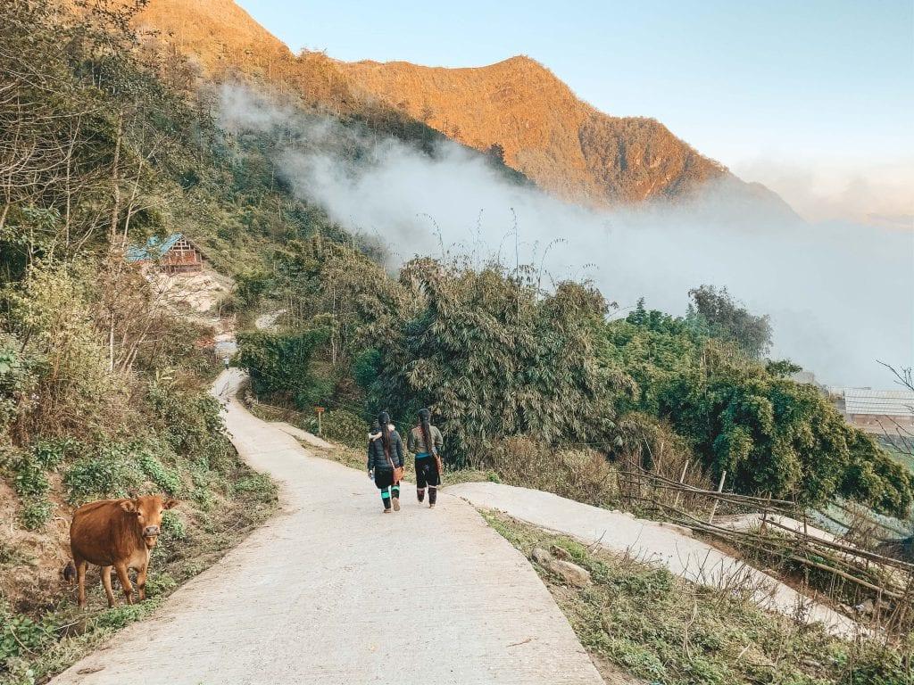 De weg naar de homestay in Hau Thao.