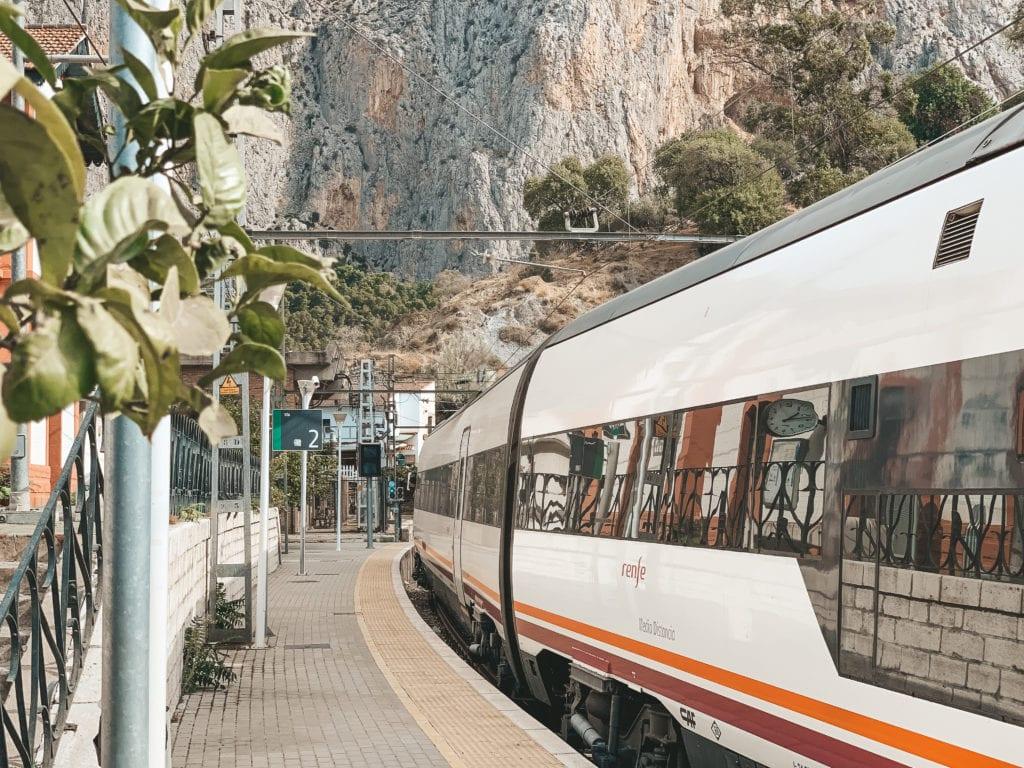 Trein naar Caminito del Rey.